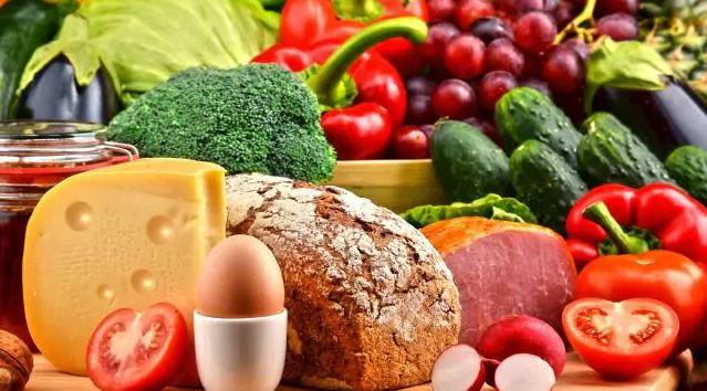 Foods to combat hepatitis c